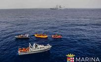 Ship sinks with 400 asylum seekers: Reports