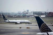 Two United Airlines investors raise stakes to influence company