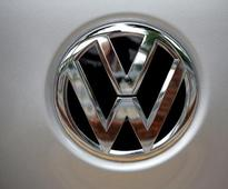 Volkswagen to recall 323,700 cars with cheat device, submits roadmap to NGT