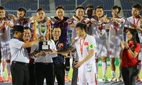 AYA Bank Cup: Striker Le Cong Vinh fires Vietnam to win over Singapore