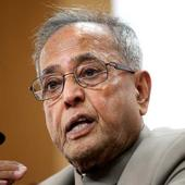 Pranab Mukherjee conferred Padma Awards to 109 people, Sharmila Tagore and Sridevi in the first batch