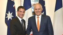 French PM Manuel Valls vows to personally supervise Australian submarine deal