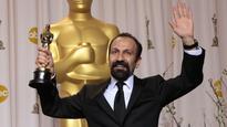 Asghar Farhadi Filming Forushande in Teheran
