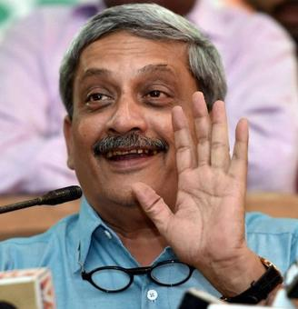 UPA must answer who received kickbacks in Agusta deal:Parrikar