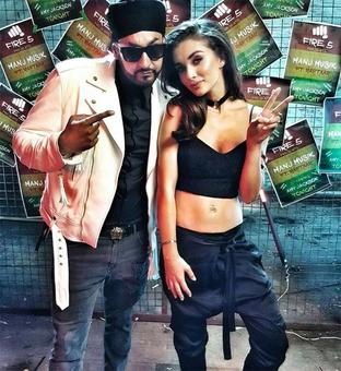 Amy Jackson collaborates with Manj Musik