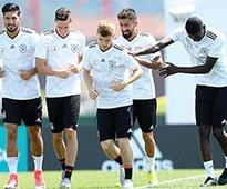 Mexico face Germany in Confederations Cup semis