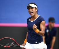 Heather Watson beats Kirsten Flipkens to win third WTA title at Monterrey Open