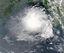 NASA's Aqua satellite sees Tropical Cyclone 3B developing in Bay of Bengal