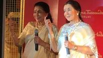 Asha Bhosle unveils her wax statue, wants it to be placed between Elvis Presley and Michael Jackson