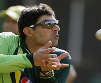 World Cup 2015: Pakistan captain Misbah faces flak from former players