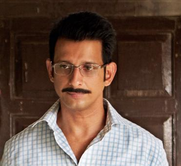 `3 Storeys` marks the first collaboration of Sharman Joshi and Excel Entertainment