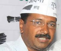 Kejriwal apologizes for not halting rally, others slam him