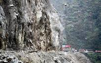Jammu-Srinagar National Highway closed for second day today due to landslides