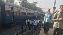 Mumbai: Train services briefly disrupted on Harbour line, confused passengers come down on tracks