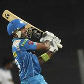 IPL Live: Murtaza strikes again, Chipli goes; DD 55/4