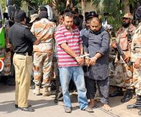 Court orders arrest of 25 MQM leaders