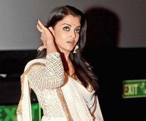 Boxer Vijender Singh reaches early for 'Sarbjit's' Delhi screening