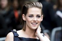 Director Olivier Assayas is all praise for Kristen Stewart; calls her the 'best actress of her generation'