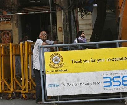 Sensex gains 69 pts; realty, banking steal the show