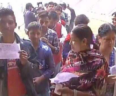 28% voting till noon in Phase-III of UP polls