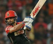 IPL 9: Sunrisers Hyderabad beat Royal Challengers Bangalore by 15 runs