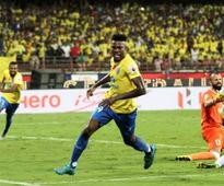 ISL 2016: Kerala Blasters register narrow win over Delhi Dynamos in first leg of semis