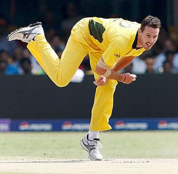 KKR sign Shaun Tait as Hastings's replacement