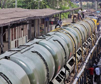 Railways sends Rs 4 crore bill to Latur for 'water trains'