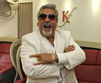 RBI Governor Hits Out At Mallya's Lavish Lifestyle, Despite Owing Indian Banks 7000+ Crores!