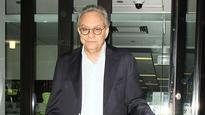 Lewis Black Tapped as Host for Writers Guild Awards Show in New York