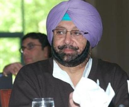 Amarinder to fight Badal on home turf; Sidhu to contest from Amritsar East