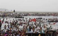 Selfie horror as 6 men die trying to rescue drowning friend in Ganges river