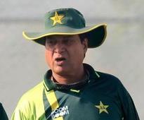 Khan backs batsmen to perform in England