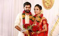 'Valliyum Thetti Pulliyum Thetti' director Rishi Sivakumar marries Lakshmi Premkumar [PHOTOS]