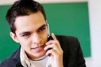 'Shun cellphones while on duty'
