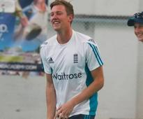 Alastair Cook expects good show from England debutant Jake Ball against Pakistan