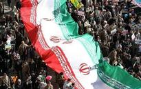 Iranians stage nationwide rallies to mark Islamic Revolution anniv