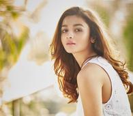 Bollywood Briefs: Ranveer Singh, Sanjay Leela Bhansali, Big B, Sharman Joshi, Alia Bhatt, Ira Dubey, Sonam Kapoor