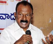 Support pvt. Bill on special status, Raghuveera urges TDP, YSRC