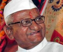 Anna Hazare's indefinite fast for Jan Lokpal Bill enters third day