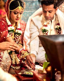 Vatsal Seth, Ishita Dutta marry