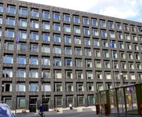 Split emerges over future of easy money as Swedish central bank expands money-printing