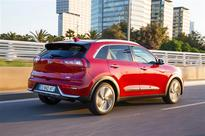 New Kia Niro becomes the company's first UK hybrid