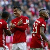 WATCH | Bundesliga: Bayern Munich destroy Hamburg 8-0 with Robert Lewandowski hat-trick