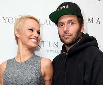 No mood to divorce! Pamela Anderson withdraws her plea for separation from Rick Solomon