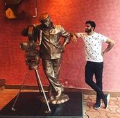 Bollywood celebrities remember late Yash Chopra on his birthday