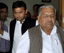 Uttar Pradesh polls 2017: Is Akhilesh Yadav or Mulayam Singh running the show?