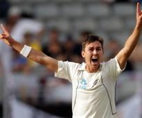 Lightening Boult strikes but England fight back