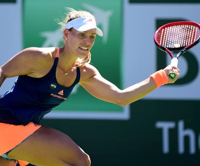 Indian Wells: Kerber sails, Pospisil sends Murray packing