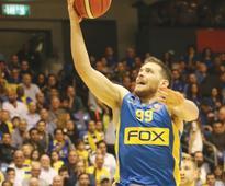Maccabi Tel Aviv pulls out overtime squeaker in Nahariya